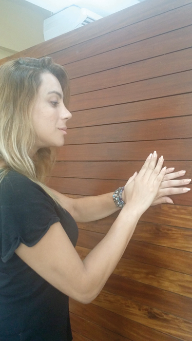 aprovado:  A cabeleireira Aline Paes testou a unha bailarina e virou fã do formato