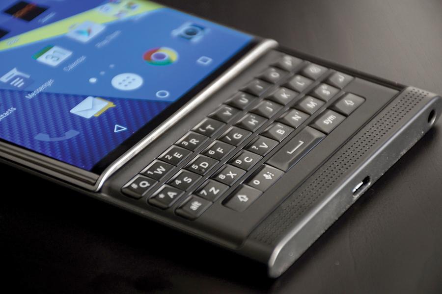 Smartphone será voltado para o público corporativo com o Android 7.0 divulgação