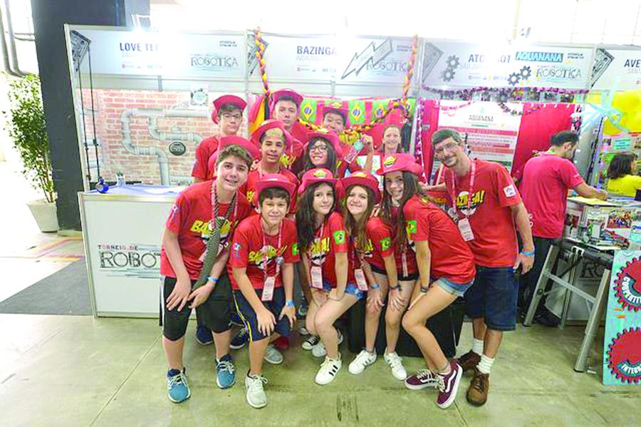 11 - Equipe Bazinga do Objetivo Indaiatuba no Torneio Nacional de Robótica, em Curitiba