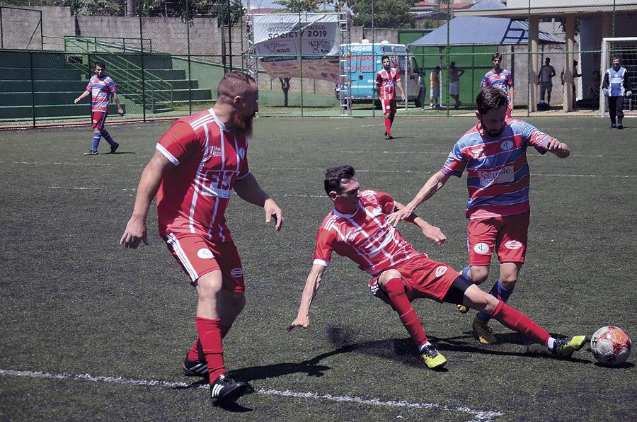 08 - Lances do jogo entre Reduzino Naturalle e Balilla (vermelho) válido pela penúltima rodada dos Adultos (2)